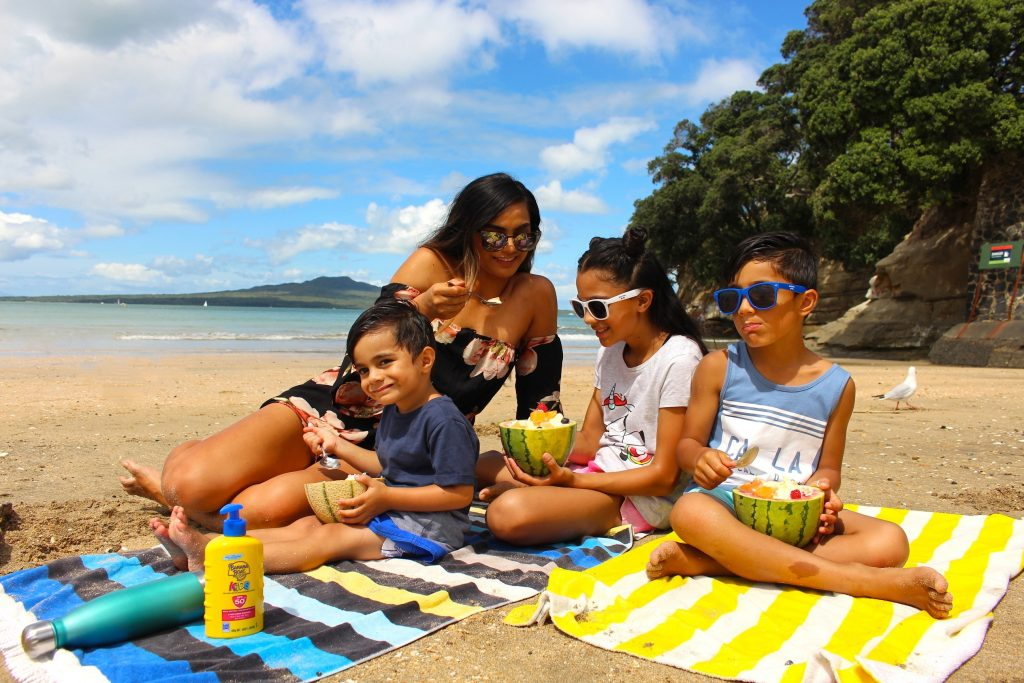 Banana Boat Family Summer - www.jayandsarah.nz